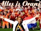 Alles is oranje Rooie Rico met Oranje Leeuwinnen